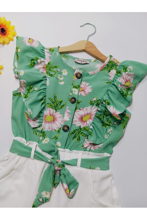 Flowers green short suit