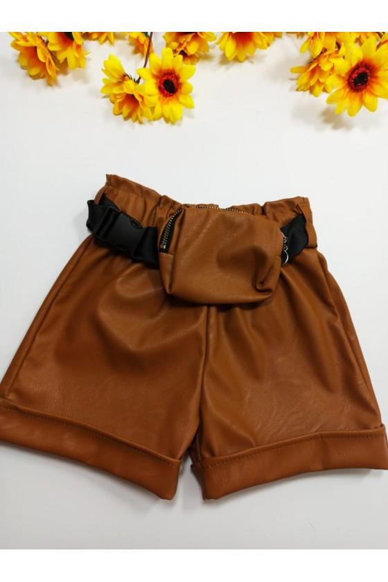 Moni brown shorts + bag strap