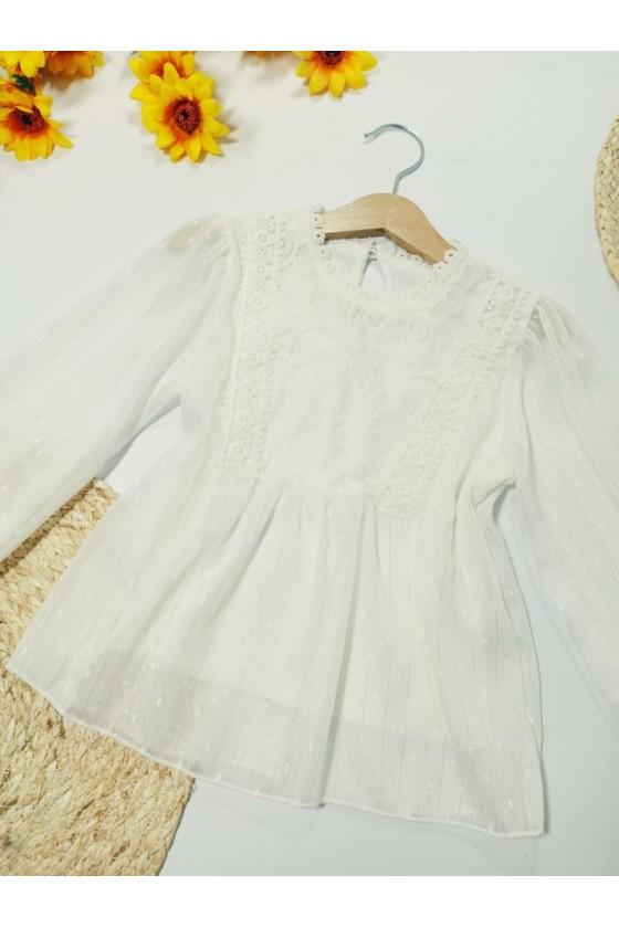Melania's blouse