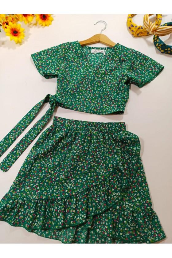 Kaya set blouse and green skirt